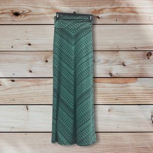 NWT Long Bell-Shaped Skirt